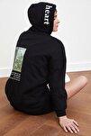 Siyah Oversize Baskılı Örme Sweatshirt TWOSS21SW0017