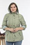 Kadın Yeşil Kapüşonlü Bel Büzgülü Detaylı Büyük Beden Trençkot