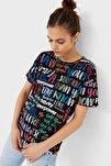 Kadın Siyah Grafiti Baskılı T-Shirt 02667813