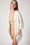 Kadın Kremsi Beyaz Oversize Uzun Cepli Triko Hırka AS00003