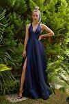Kadın Lacivert Halter Yaka Saten Abiye Elbise 4XLVC3758
