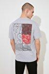 Gri Erkek Geniş Kesim Fit Baskılı T-Shirt TMNSS20TS0656