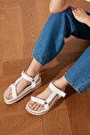 Beyaz Kadın Sandalet TAKSS21SD0019