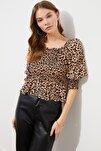 Çok Renkli Volanlı Bluz TWOSS21BZ0228