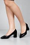 Siyah Rugan Kadın Klasik Topuklu Ayakkabı 38918
