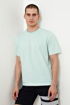 Yeşil Erkek Geniş Kesim Bisiklet Yaka Kısa Kollu Çizgili T-Shirt TMNSS20TS0511