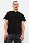 Siyah Erkek Slim Fit Fermuarlı T-Shirt TMNSS20TS0966