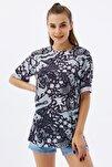 Kadın Siyah Yırtmaçlı Oversize Kısa Kollu T-Shirt