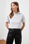 Gri Çizgili Basic Dik Yaka Örme T-Shirt TWOSS21TS1204