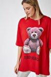 Kadın Kırmızı Baskılı Oversize Uzun Penye T-shirt ZV00104