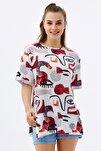 Kadın Beyaz Yırtmaçlı Oversize Kısa Kollu T-Shirt