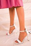 Beyaz Kadın Klasik Topuklu Ayakkabı 14530