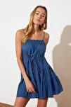 Indigo Bağlama Detaylı Büzgülü Elbise TWOSS20EL2679