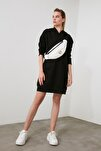 Siyah Kapüşonlu Örme Sweat Elbise TWOAW20EL1554
