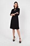Kadın Siyah Yakada Burgu Detay Elbise 19L6720