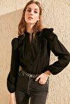Siyah Brode Detaylı Gömlek TWOSS20GO0044