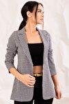 Kadın Siyah Kazayaği Desen Tek Düğmeli Ceket ARM-20K001121