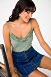 Kadın Yeşil Mat Saten Dantelli Bluz Yeşil S-19Y1920081