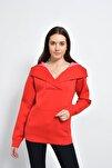 Kadın Kırmızı Kapüşon Detaylı Kanguru Cepli Sweatshırt HN365