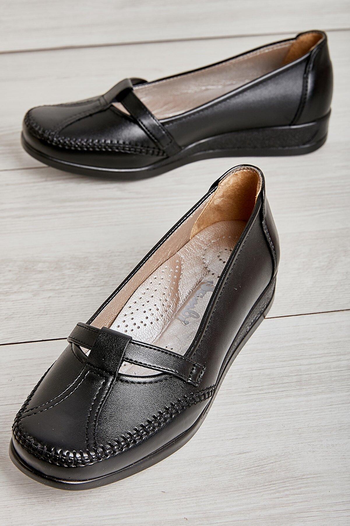 Bambi Siyah Kadın Casual Ayakkabı L05011415