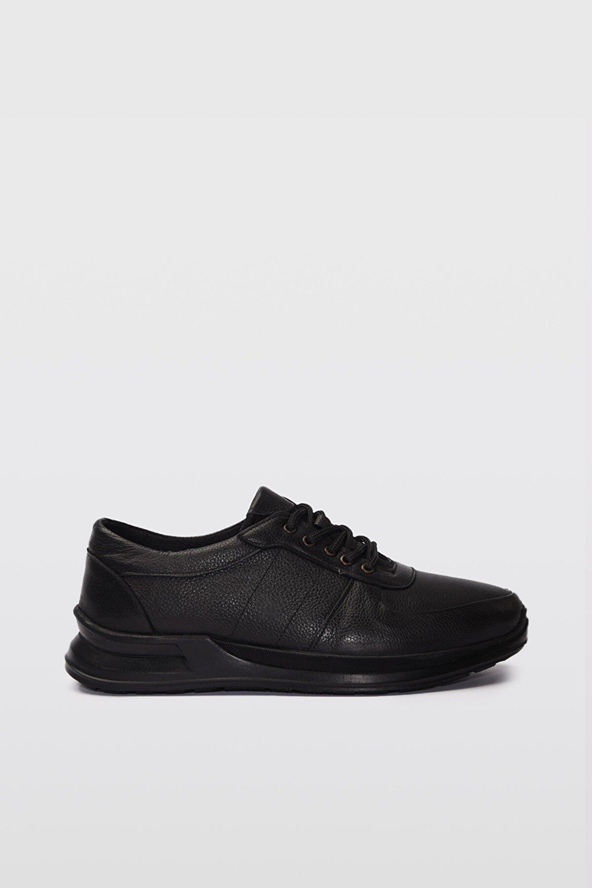 Yaya by Hotiç Hakiki Deri Siyah Erkek Sneaker 02AYY189620A100
