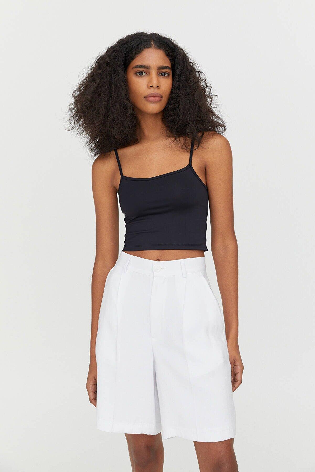 Pull & Bear Kadın Siyah Askılı Crop Top 04241352