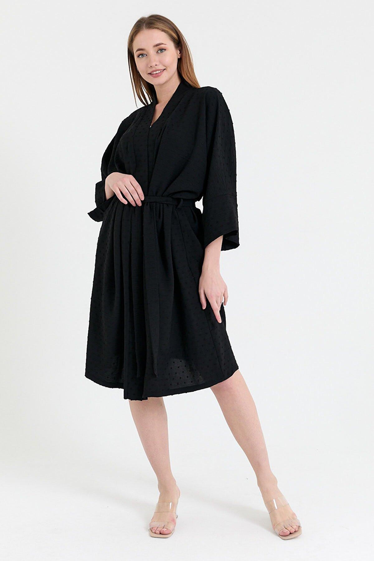 NFREE Kadın Siyah Şerit Yaka Yarım Kol Küçük Puantiyeli Kuşak Kapama Tunik