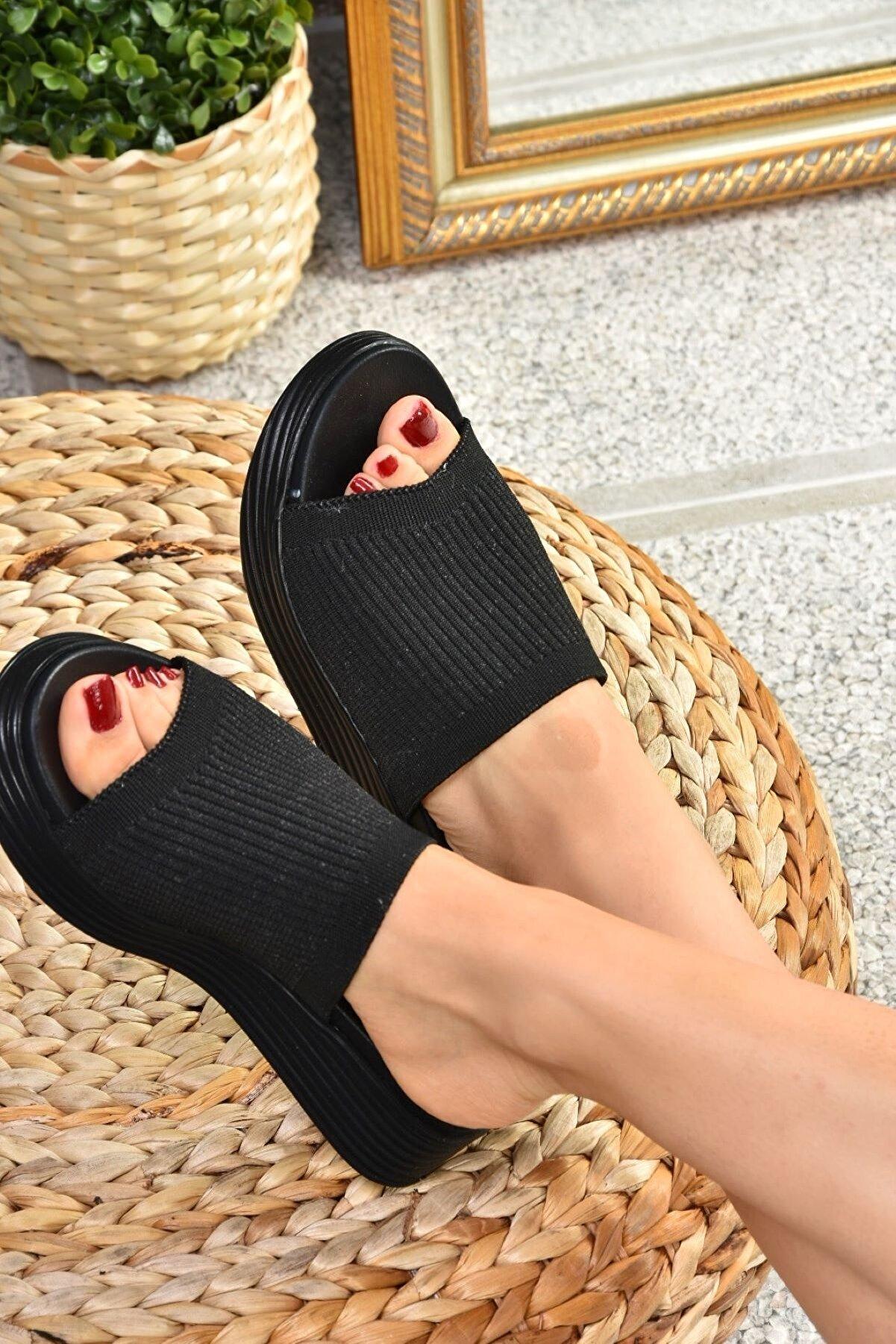 Fox Shoes Kadın Terlik K610002604