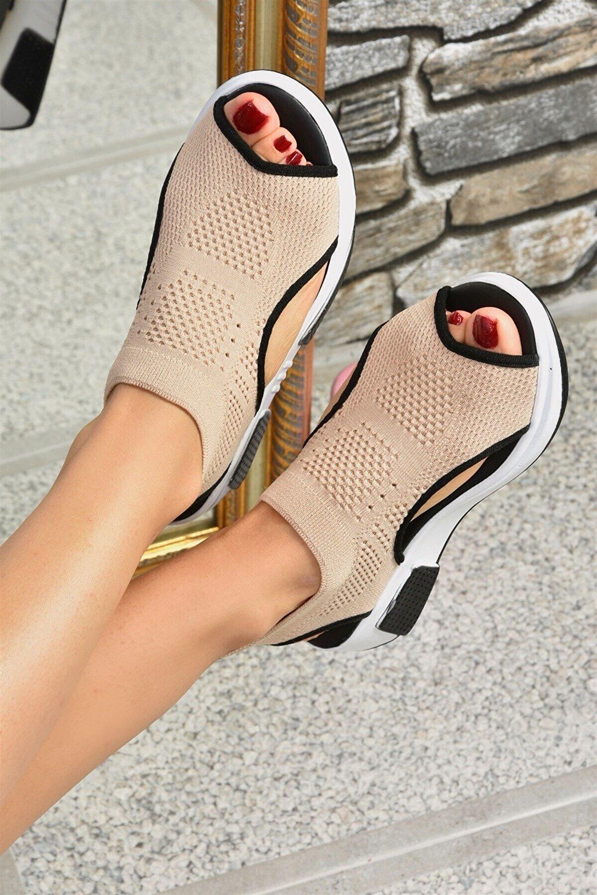 Fox Shoes Kadın Bej Triko Kumaş Sandalet K239000804