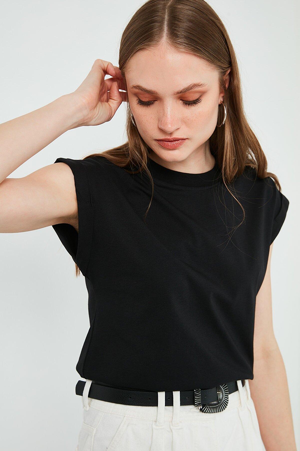 Lela Kadın Siyah Bisiklet Yaka Pamuk Basic T-Shirt 5864121