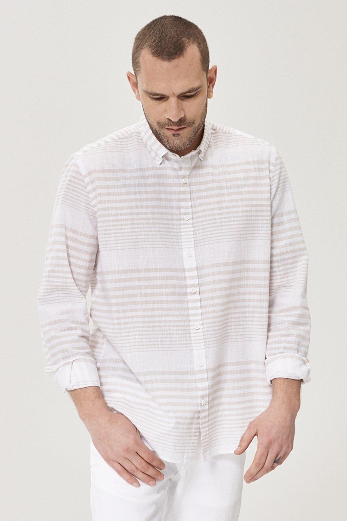 Altınyıldız Classics Erkek Beyaz-Bej Tailored Slim Fit Düğmeli Yaka %100 Koton Çizgili Gömlek