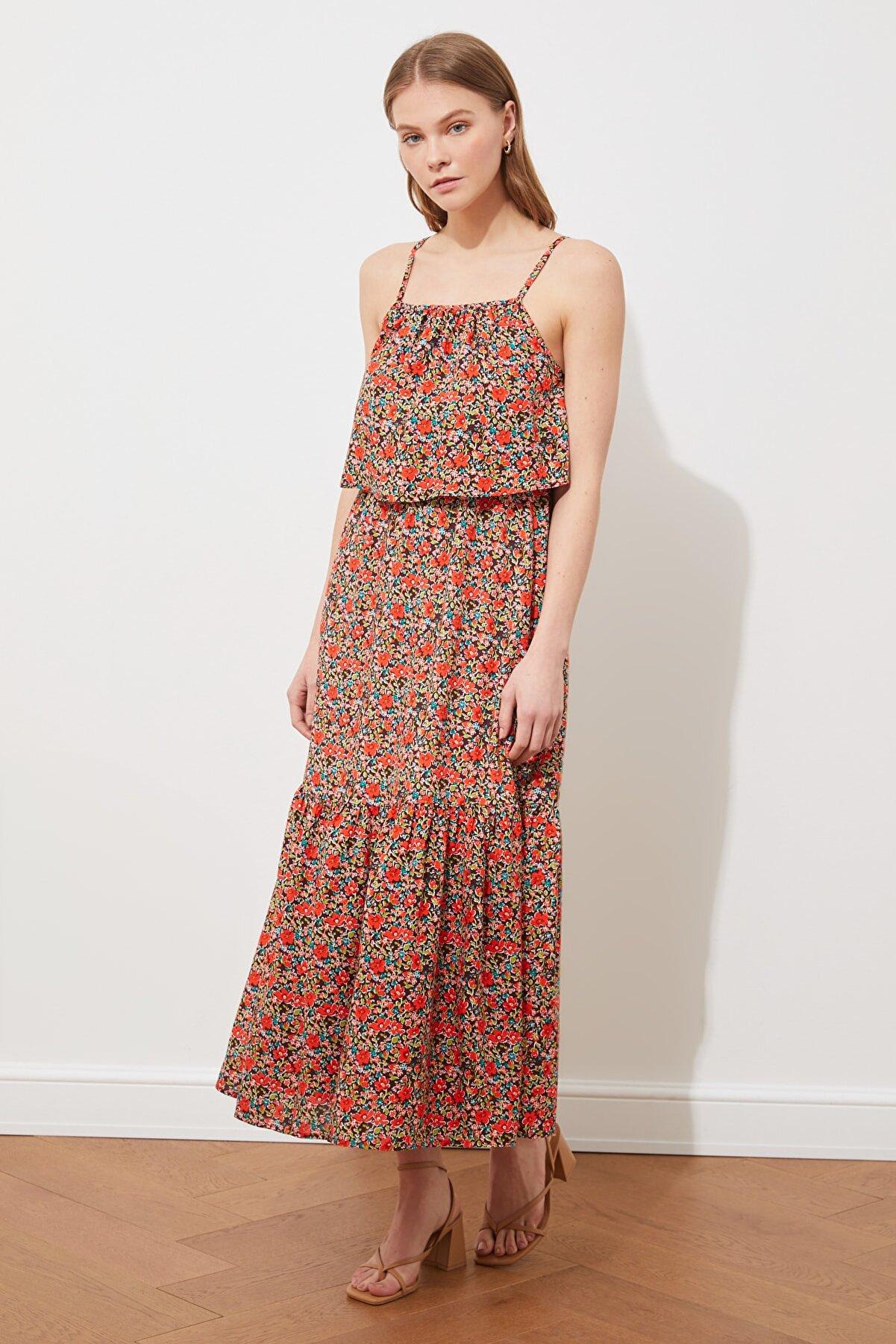TRENDYOLMİLLA Çok Renkli Askılı Desenli Elbise TWOSS21EL3173