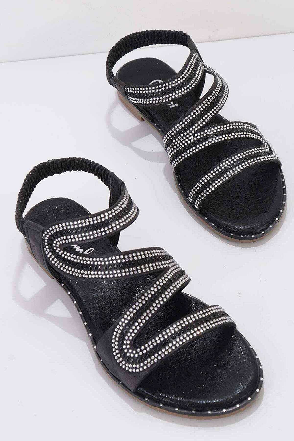Bambi Siyah Kadın Sandalet K05913019178