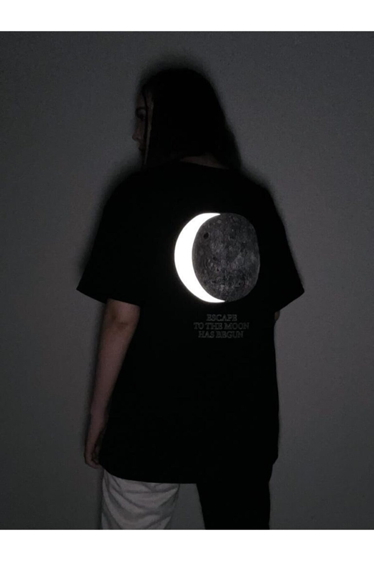 Ef Butik Siyah Dolunay Reflektörlü Tişört