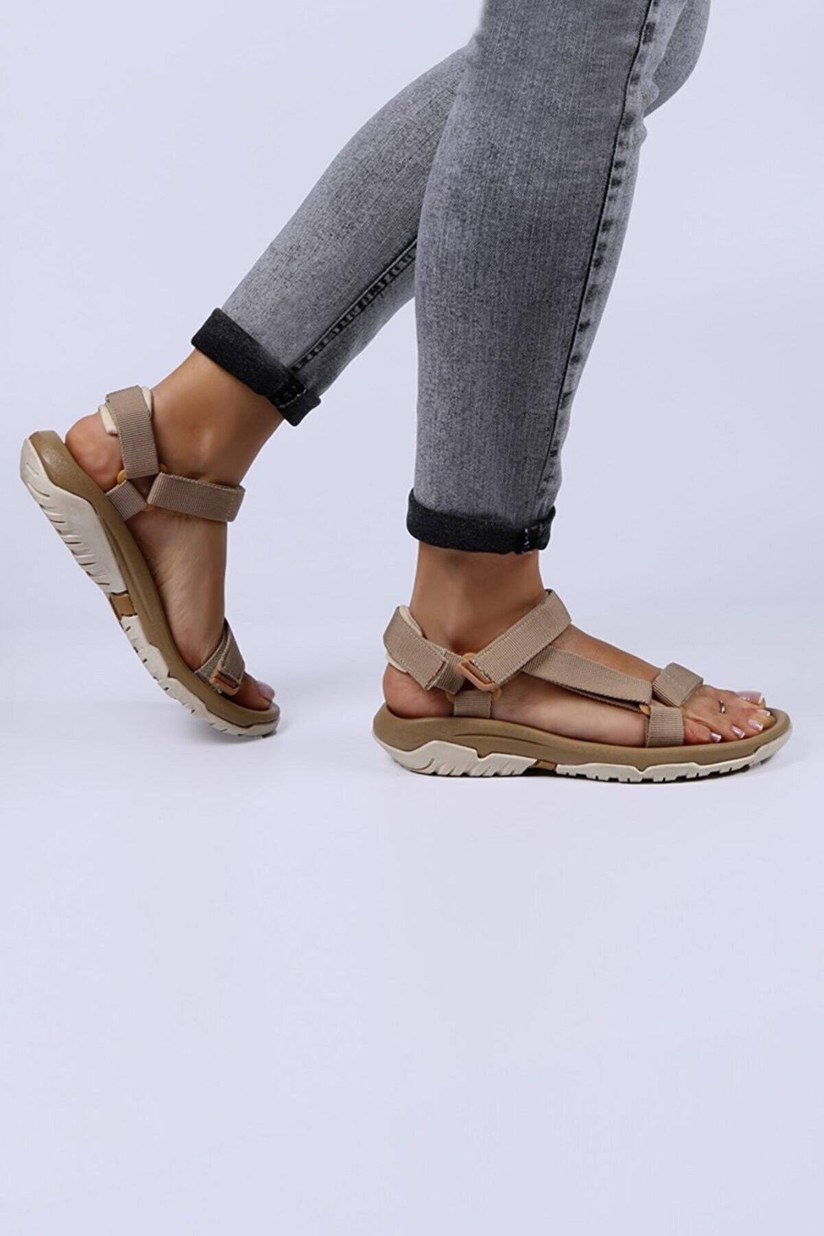 Female Project Bej Açık-Bej Cırtlı Sandalet