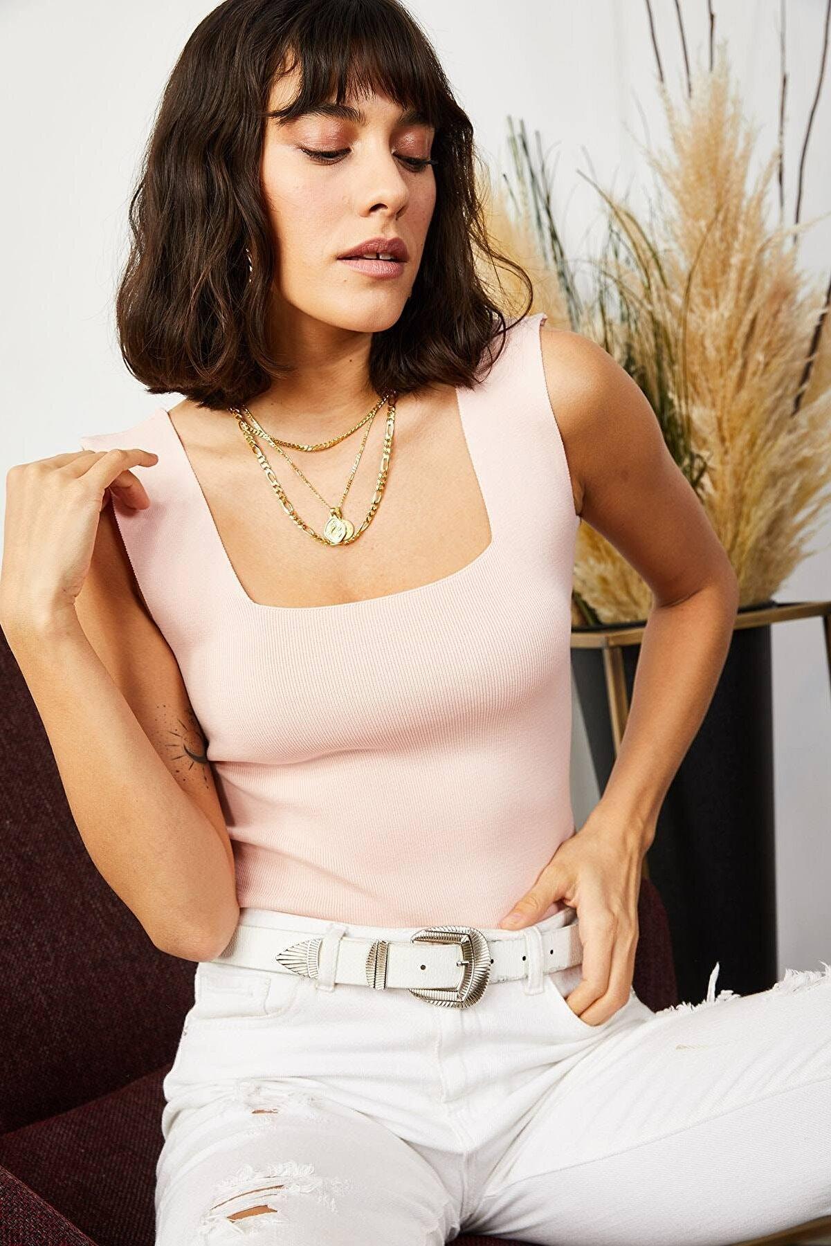 TrendNera Kadın Pudra Kalın Askılı Kare Yaka Crop Bluz
