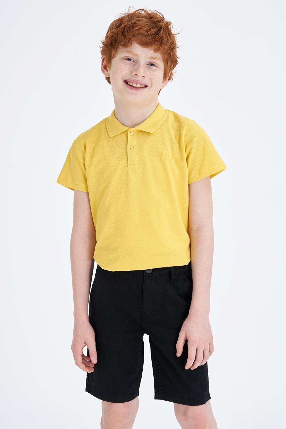 Defacto Yakası Çizgili Polo T-shirt