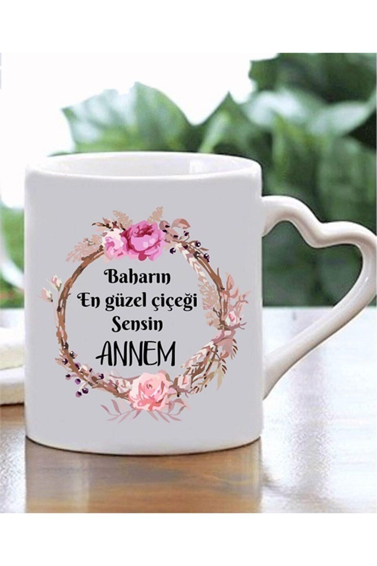 Mavera Dükkan Beyaz Baharın En Güzel Çiçeği Annem Yazılı Kalp Kulplu Kupa Bardak