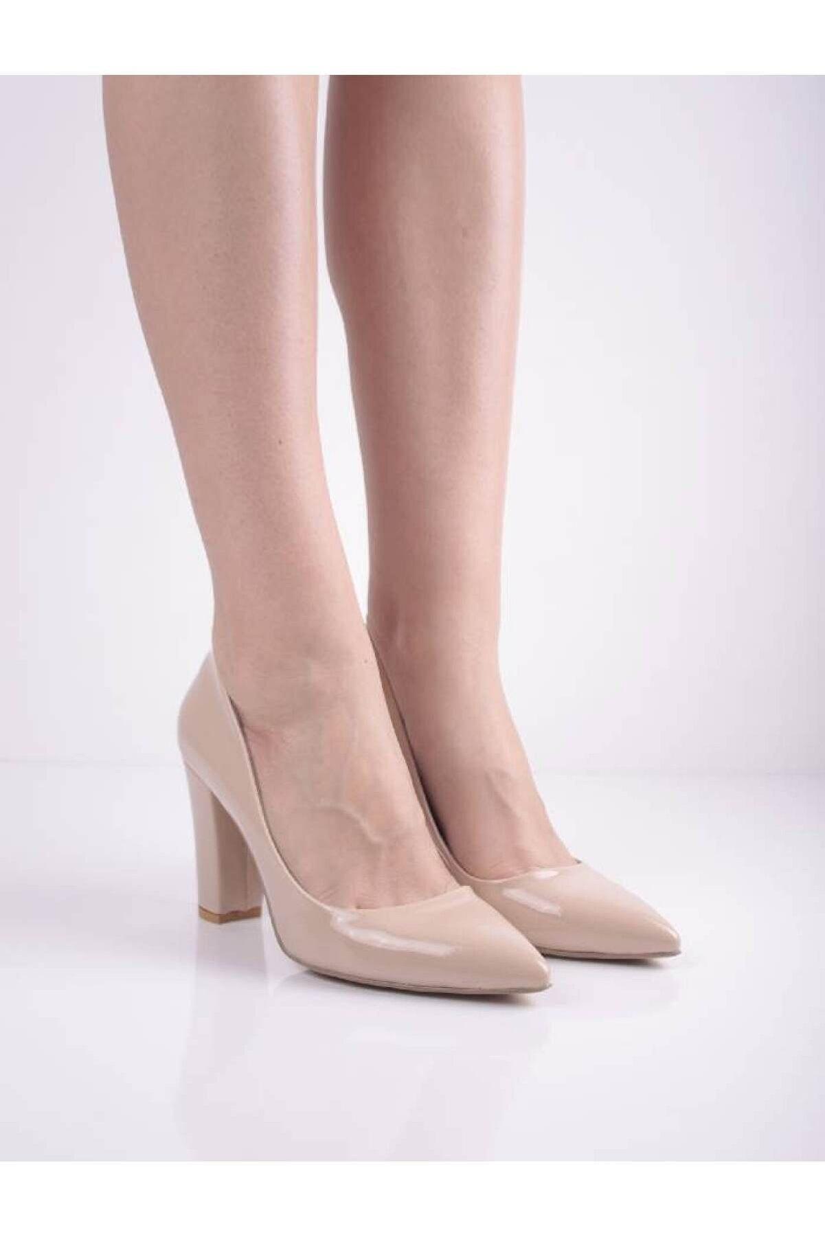 Şanslı Ayakkabıcılık Kadın Ten Rugan Kalın Topuk