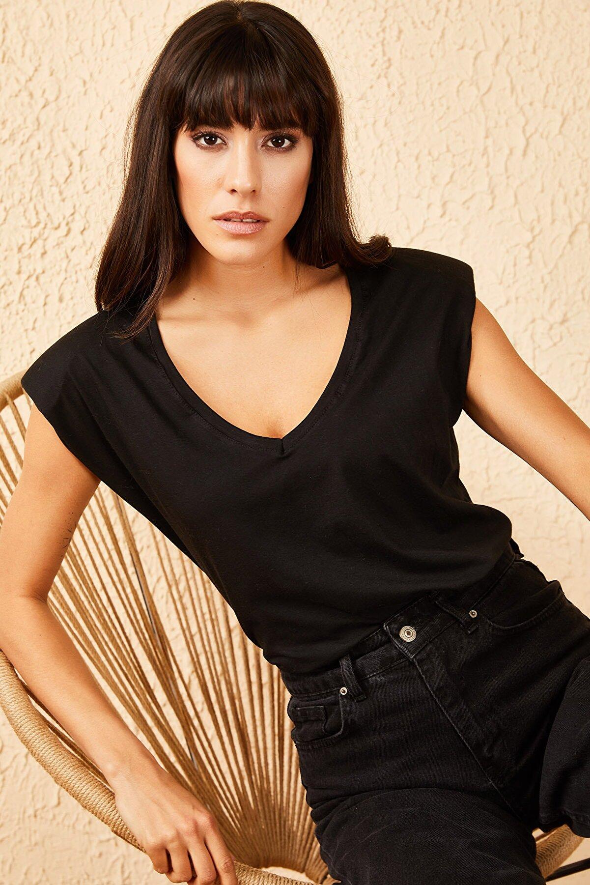 Bianco Lucci Kadın V Yaka Vatkalı Tshirt 30011050