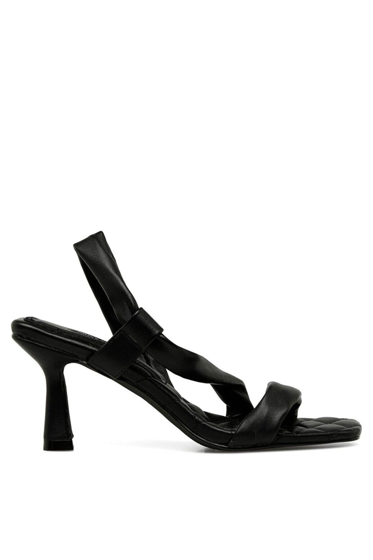 Nine West PALMER 1 FX Siyah Kadın Sandalet 101030312