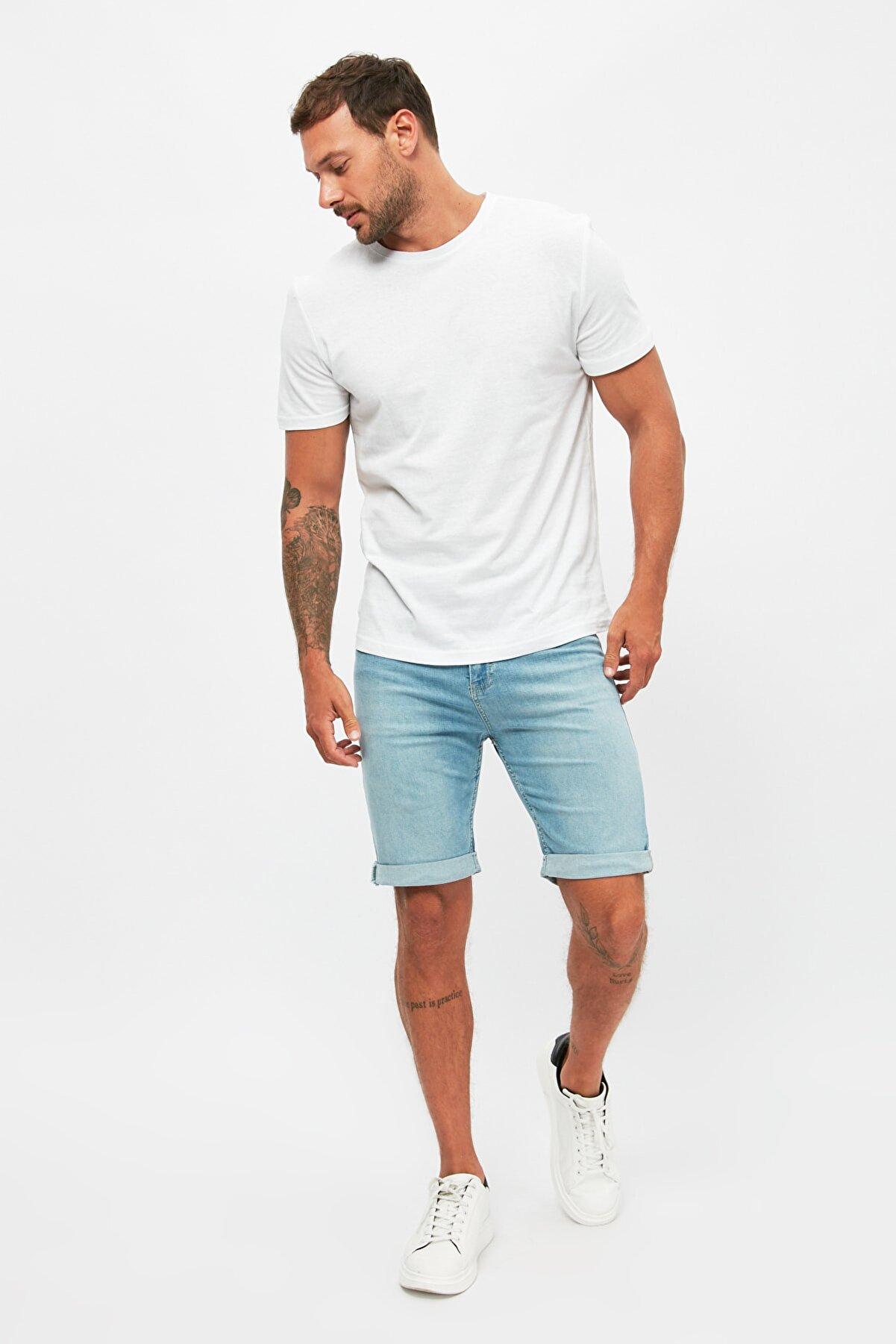 TRENDYOL MAN Açık Mavi Erkek Skinny Fit Şort & Bermuda TMNSS21SR0486