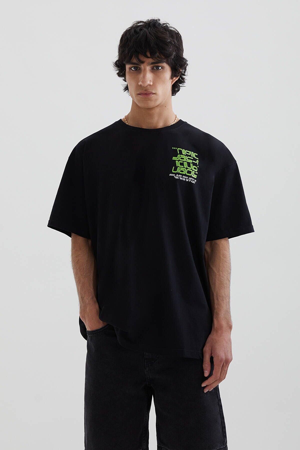 Pull & Bear Erkek Siyah Stwd Baskılı Siyah Oversize T-Shirt 04242510