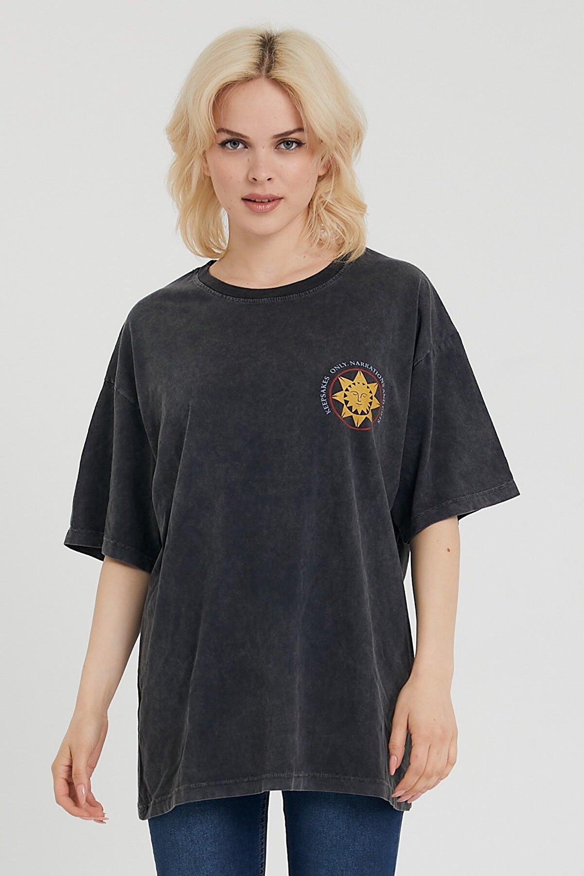 snow basic Kadın Siyah Yıkamalı Güneş Baskılı Oversize T-shirt