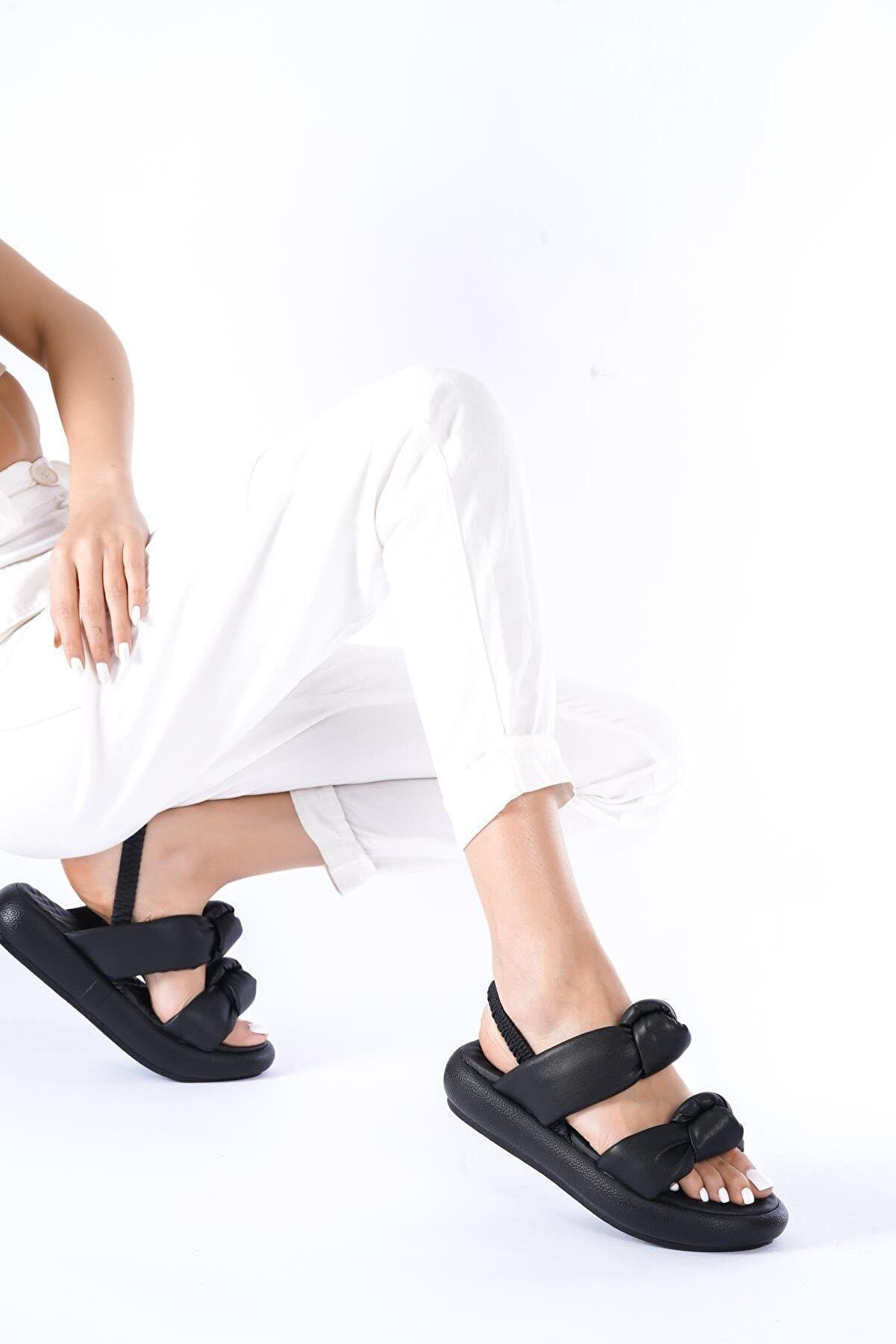 modalmila Kadın Siyah Çift Taban Lastikli Sandalet