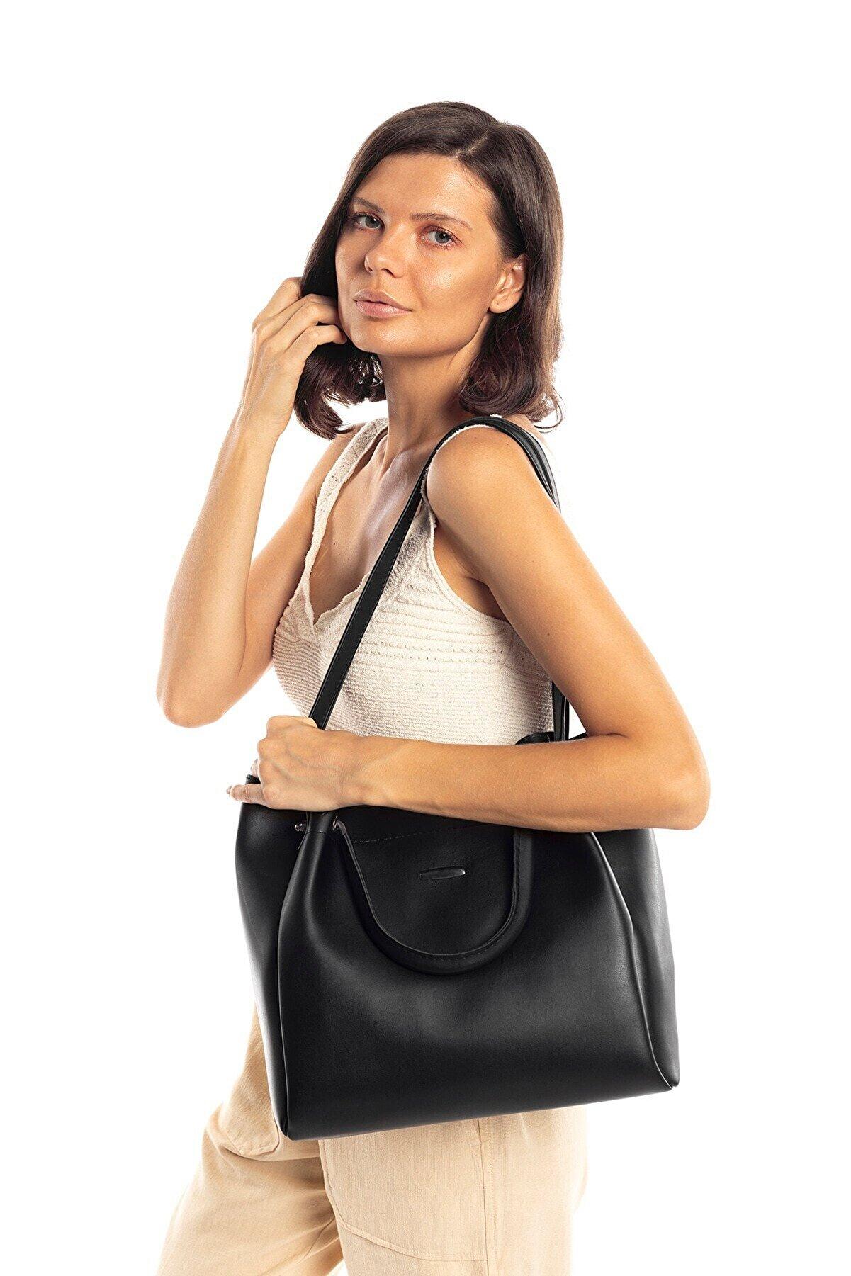 Madamra Siyah Kadın Halterli Çanta