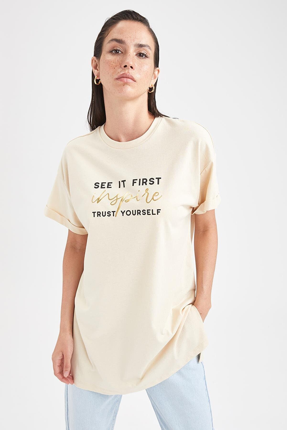 Defacto Kadın Krem Renk Baskılı Uzun T-shirt