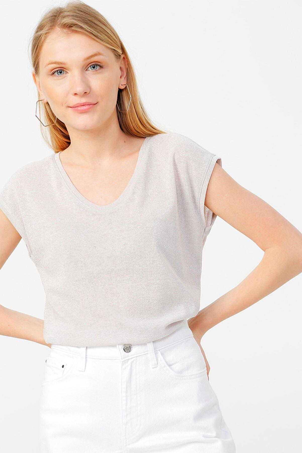 Only Kadın Pudra Kısa Kollu V Yaka T-Shirt 15136069 ONLSILVERY