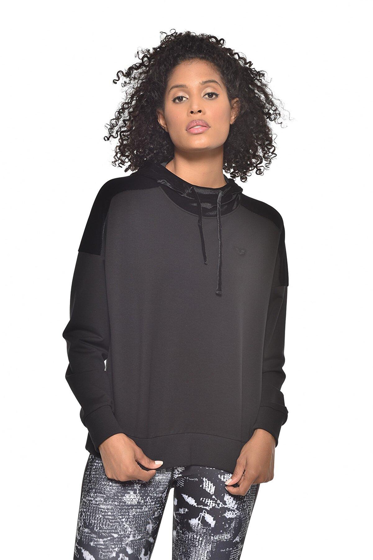 bilcee Siyah Kadın Kapüşonlu Sweatshırt GW-9088