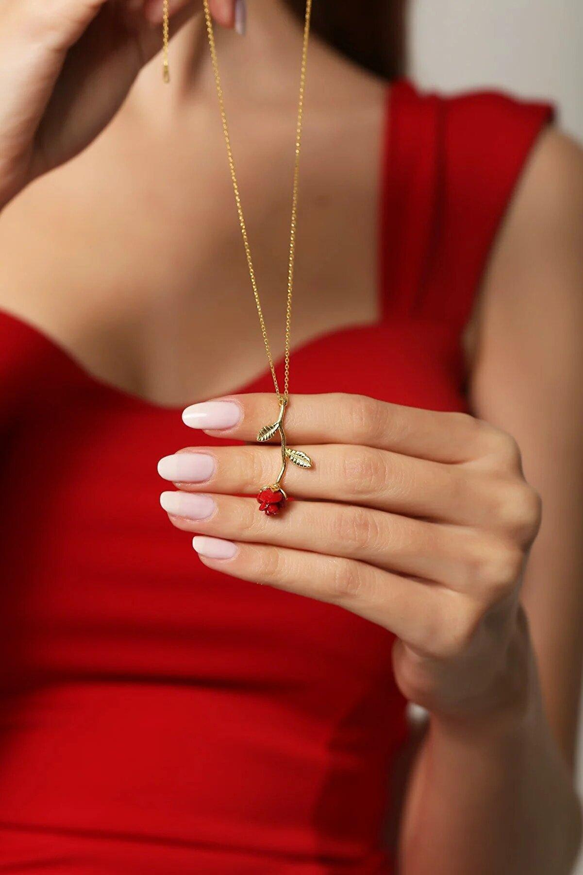 LOTUS GÜMÜŞ Gül Motifli 14 K Altın Kaplama Kadın Kolye
